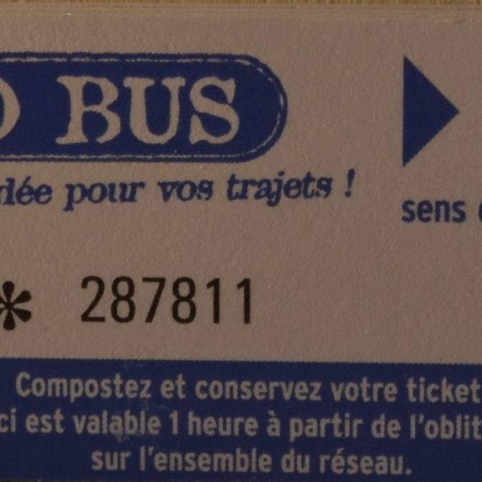 •Fahrscheinheft, 10 Fahrscheine (Erwachsene und Kinder über 12 Jahre) = 15 €